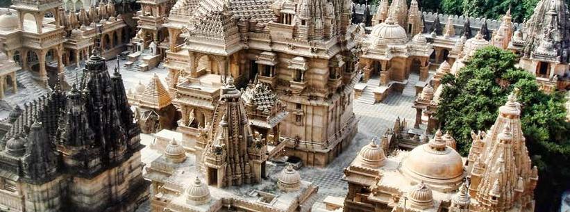 Voyage en Inde - Circuit 4 semaines - Luxe, culture et traditions - Delhi - Mandawa - Bikaner - Jaisalmer/Khuri - Jodhpur - Mont Âbû - Ranakpur