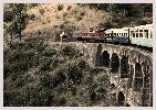 Route vers le Kathmandou Népal, train en Inde pour atteindre Varanasi